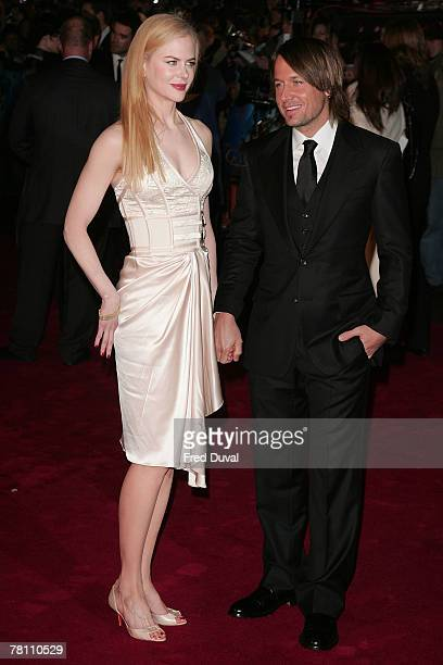 Nicole Kidman and Keith Urban attend the world premiere of 'The Golden Compass' at the Odeon Leicester Square November 27 2007 in London England