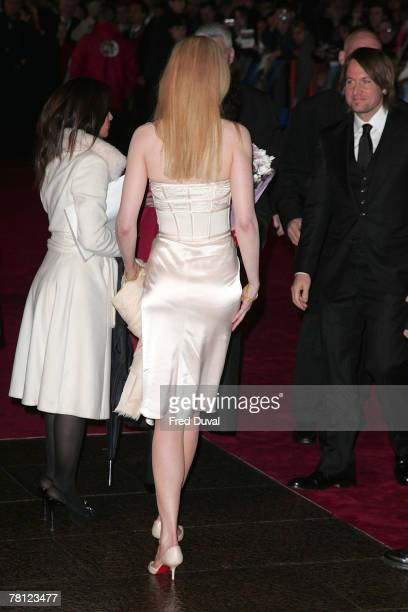 Nicole Kidman and Keith Urban attend the world premiere of 'The Golden Compass' at the Odeon Leicester Square on November 27 2007 in London England