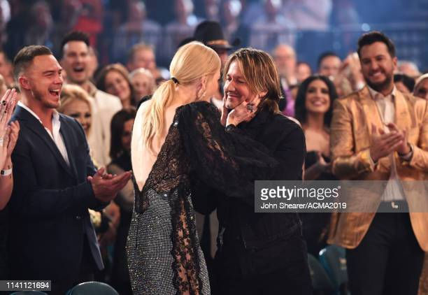 Nicole Kidman and Keith Urban during the 54th Academy Of Country Music Awards at MGM Grand Garden Arena on April 07 2019 in Las Vegas Nevada