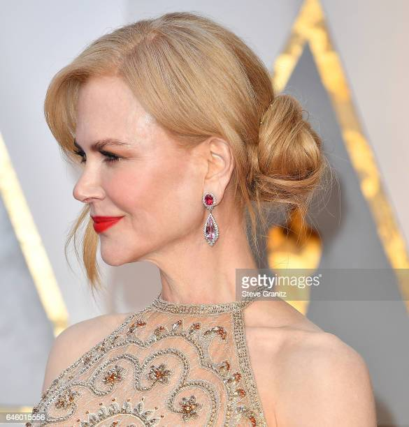 Nicole Kidman arrives at the 89th Annual Academy Awards at Hollywood Highland Center on February 26 2017 in Hollywood California