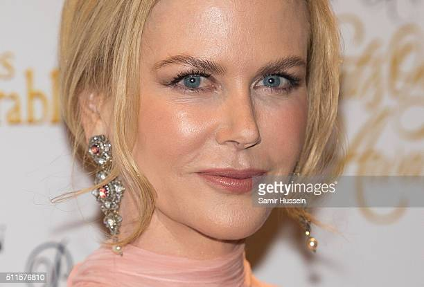 Nicole Kidman arrives for the WhatsOnStage Awards at Prince Of Wales Theatre on February 21 2016 in London England