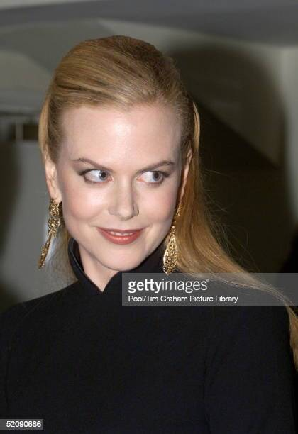 Nicole Kidman Attending The Royal Charity Premiere Of ' Moulin Rouge ' At The Odeon Leicester Square London In Aid Of The Prince's Trust