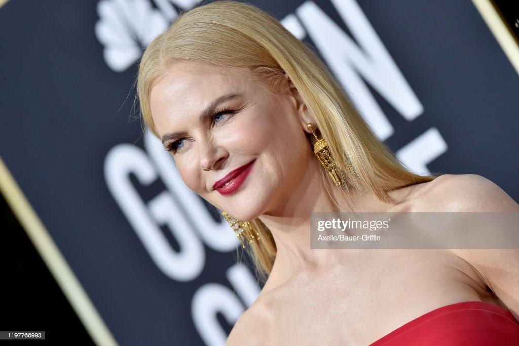 77th Annual Golden Globe Awards - Arrivals : Foto di attualità