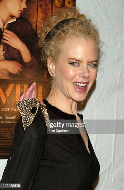 """Nicole Kidman during """"Dogville"""" - New York City Premiere Hosted by Lions Gate Films, Interview Magazine and Prada - Outside Arrivals at Clearview..."""