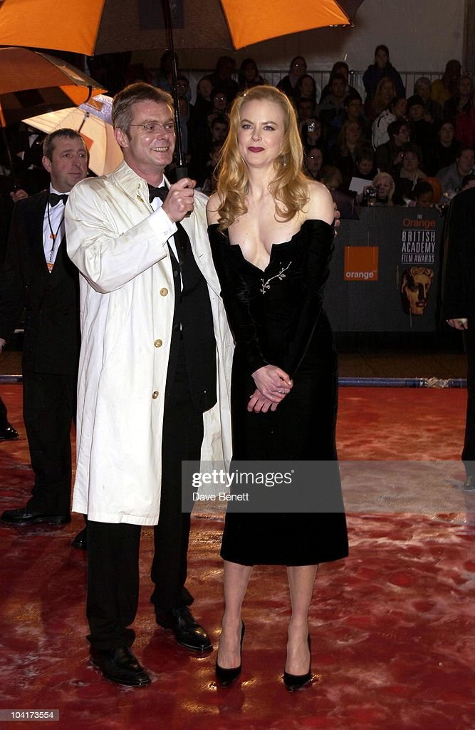 Nicole Kidman & Stephen Daldry, The Orange British Academy Film Awards (bafta) 2002, At The Odeon, Leicester Square, London