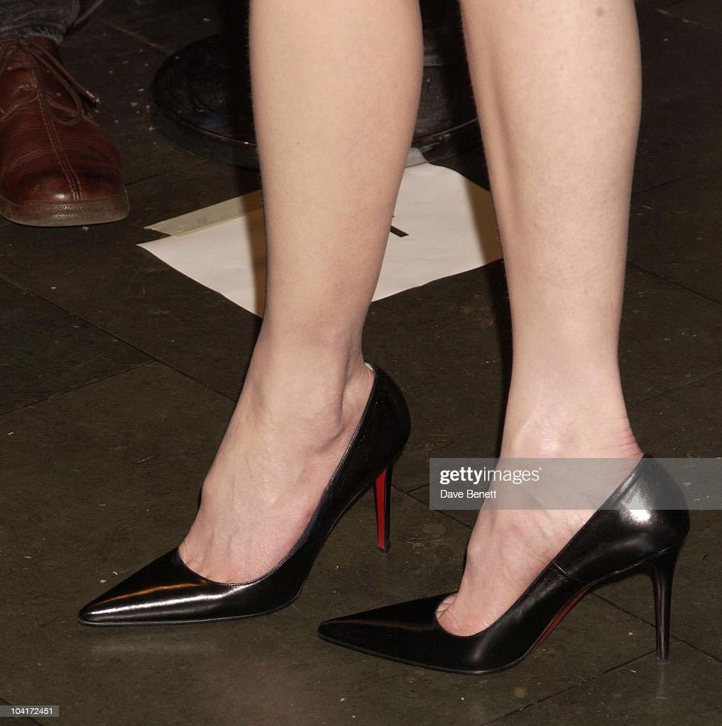 Nicole Kidman's Shoes, 'The Hours' Uk Charity Movie Premiere Held At The Chelsea Cinema In London.