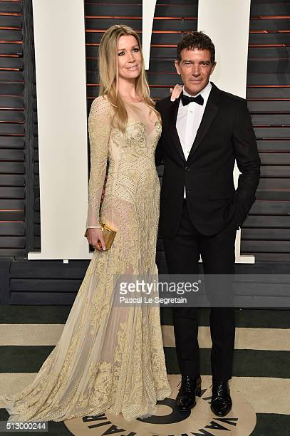Nicole Kimpel and actor Antonio Banderas attends the 2016 Vanity Fair Oscar Party Hosted By Graydon Carter at the Wallis Annenberg Center for the...