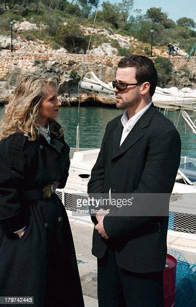 Nicole mit Ehemann Winfried SeibertZDFShow Auf der Straße nach SüdenMallorca/Spanien Schiff UrlaubSonnenbrille