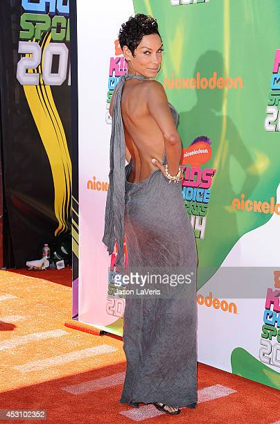 Nicole Mitchell Murphy attends the 2014 Nickelodeon Kids' Choice Sports Awards at Pauley Pavilion on July 17 2014 in Los Angeles California