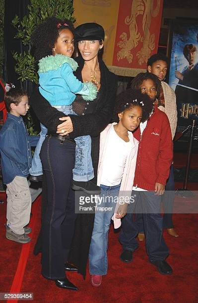 """Nicole Murphy and children arriving at the LA premiere of """"Harry Potter and the Chamber of Secrets""""."""