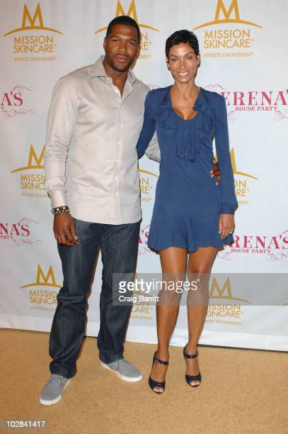 Nicole Murphy arrives at Serena William's PreEspys Party on July 12 2010 in Los Angeles California