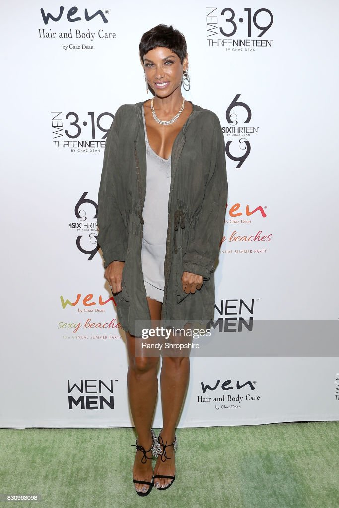 Nicole Murphy attends Chaz Dean summer party benefiting Love Is Louder on August 12, 2017 in Los Angeles, California.