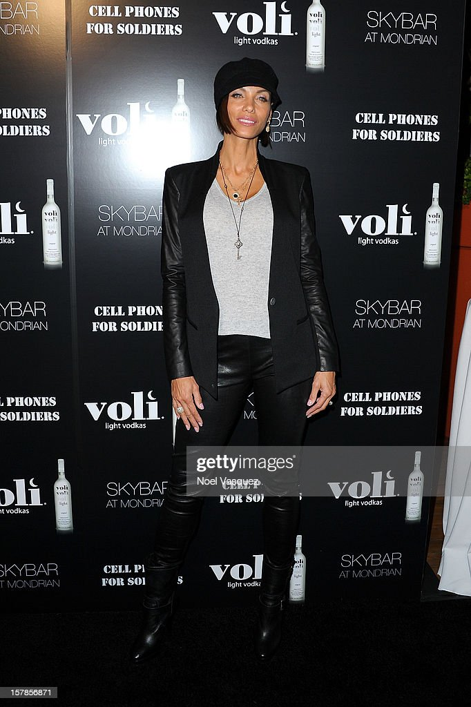 Nicole Murphy attends the Voli Lights Vodka benefit at SkyBar at the Mondrian Los Angeles on December 6, 2012 in West Hollywood, California.