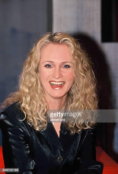Nicole Musician Singer Pop music Germany 2001