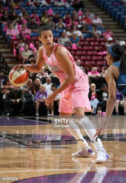 Nicole Powell of the Sacramento Monarchs surveys the court against the Washington Mystics during the WNBA game on August 22 2009 at ARCO Arena in...