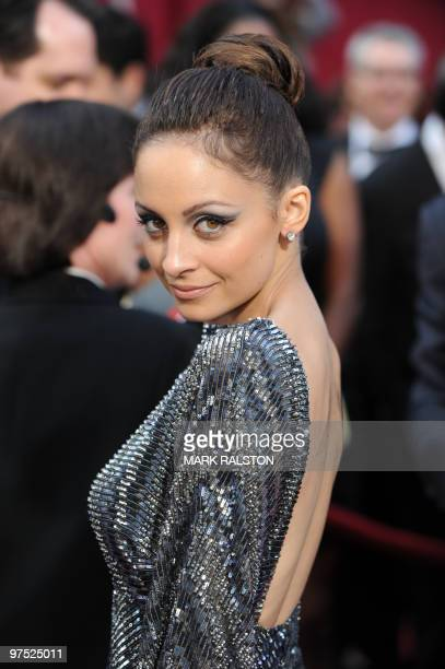 Nicole Richie arrives at the 82nd Academy Awards at the Kodak Theater in Hollywood, California on March 07, 2010. AFP PHOTO Mark RALSTON