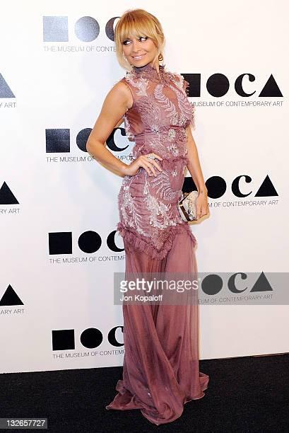 Nicole Richie arrives at the MOCA Gala 2011 An Artist's Life Manifesto Directed By Marina Abramovic at MOCA Grand Avenue on November 12 2011 in Los...