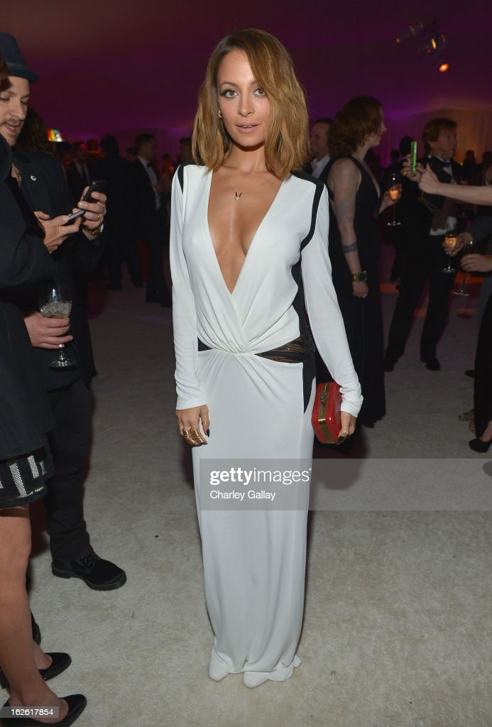 Nicole Richie attends Neuro at 21st Annual Elton John AIDS Foundation Academy Awards Viewing Party at West Hollywood Park on February 24, 2013 in West Hollywood, California.