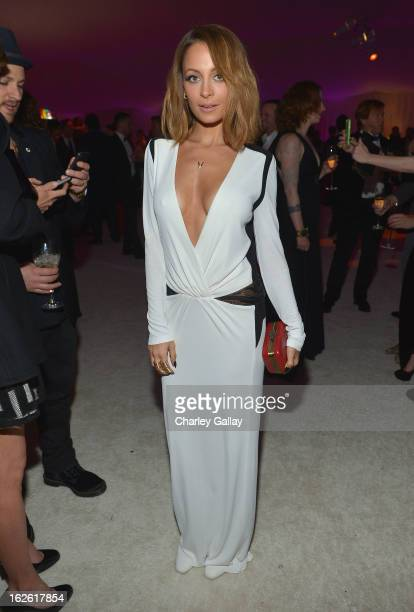 Nicole Richie attends Neuro at 21st Annual Elton John AIDS Foundation Academy Awards Viewing Party at West Hollywood Park on February 24 2013 in West...