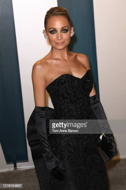 Nicole Richie attends the 2020 Vanity Fair Oscar Party at Wallis Annenberg Center for the Performing Arts on February 09, 2020 in Beverly Hills,...