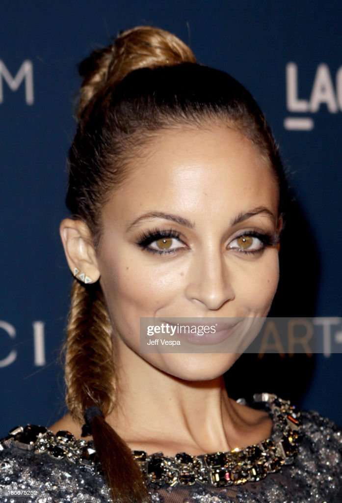 Nicole Richie attends the LACMA 2013 Art + Film Gala honoring Martin Scorsese and David Hockney presented by Gucci at LACMA on November 2, 2013 in Los Angeles, California.