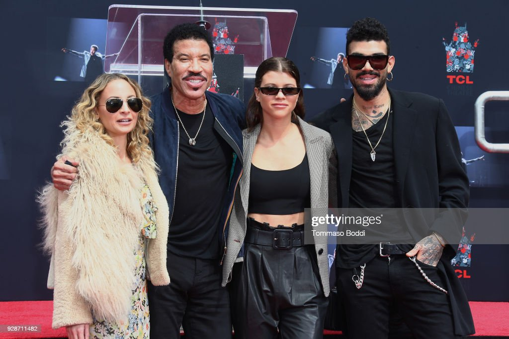 Lionel Richie Hand And Footprint Ceremony : ニュース写真