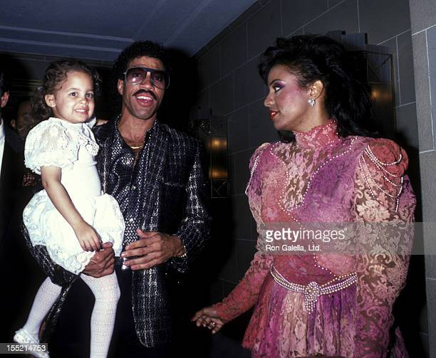 Nicole Richie musician Lionel Richie and Brenda Harvey attend Benefit Concert for RP Foundation Fighting Blindness on September 5 1985 at the Waldorf...