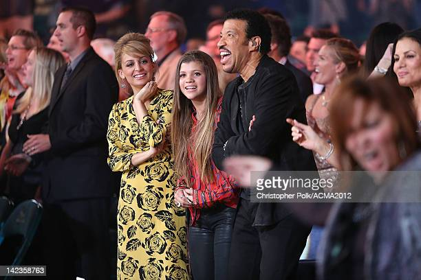 Nicole Richie, Sofia Richie and singer Lionel Richie attend the Lionel Richie and Friends in Concert presented by ACM held at the MGM Grand Garden...
