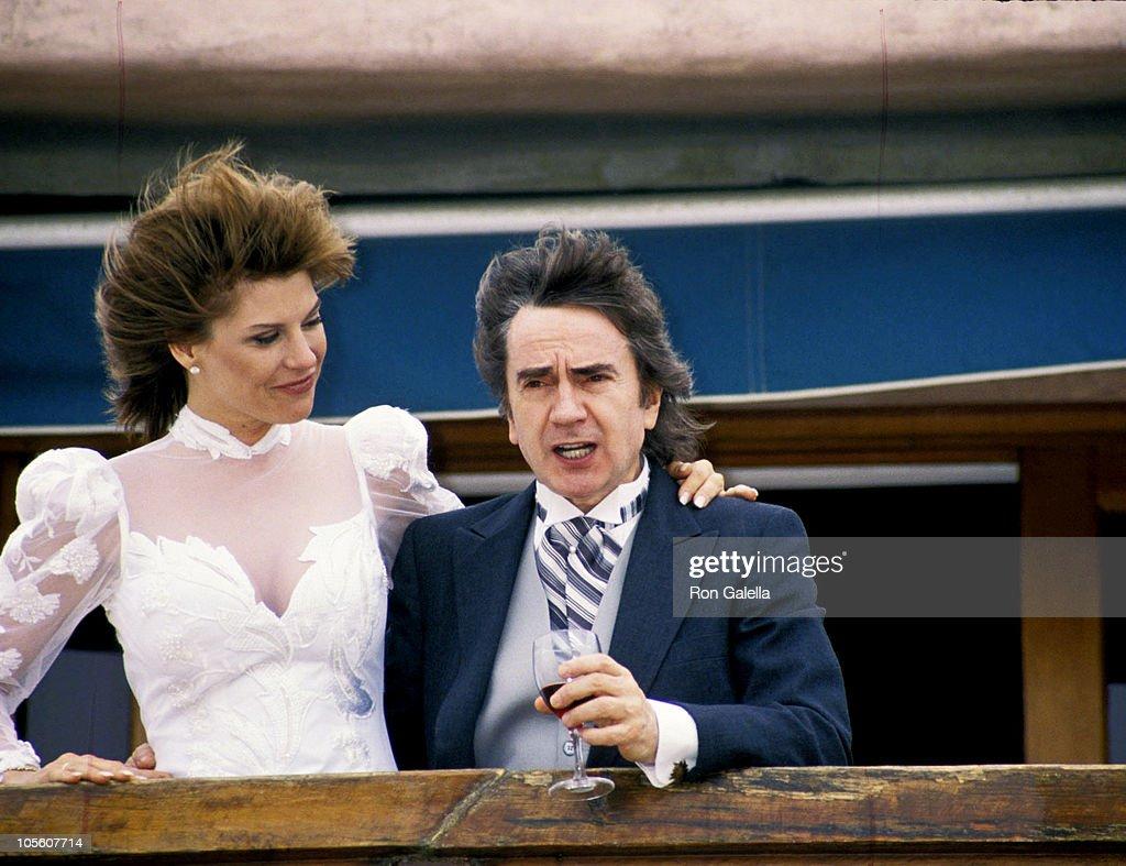 Dudley Moore and Nicole Rothschild Wedding : News Photo