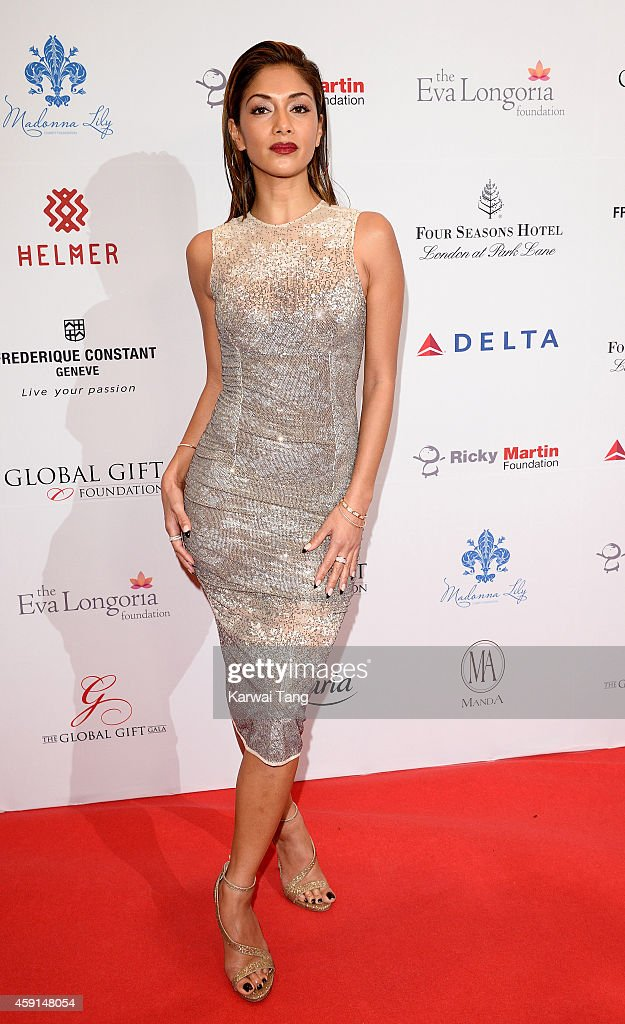 Global Gift Gala - Red Carpet Arrivals : News Photo