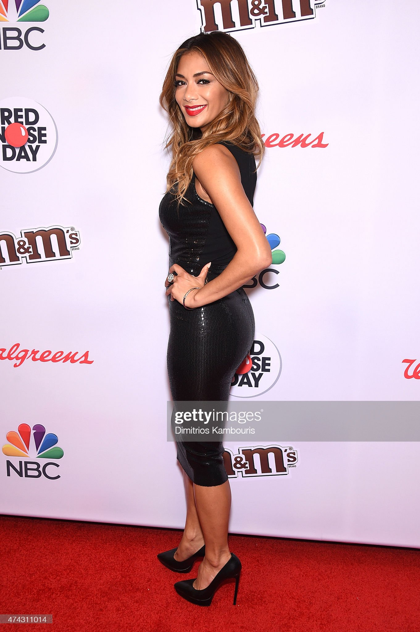 Top 80 Famosas Foroalturas - Página 2 Nicole-scherzinger-attends-the-red-nose-day-charity-event-at-on-may-picture-id474311014?s=2048x2048