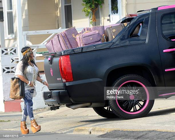 Nicole 'Snooki' Polizzi arrives with the cast of 'Jersey Shore' on May 31 2012 in Seaside Heights New Jersey
