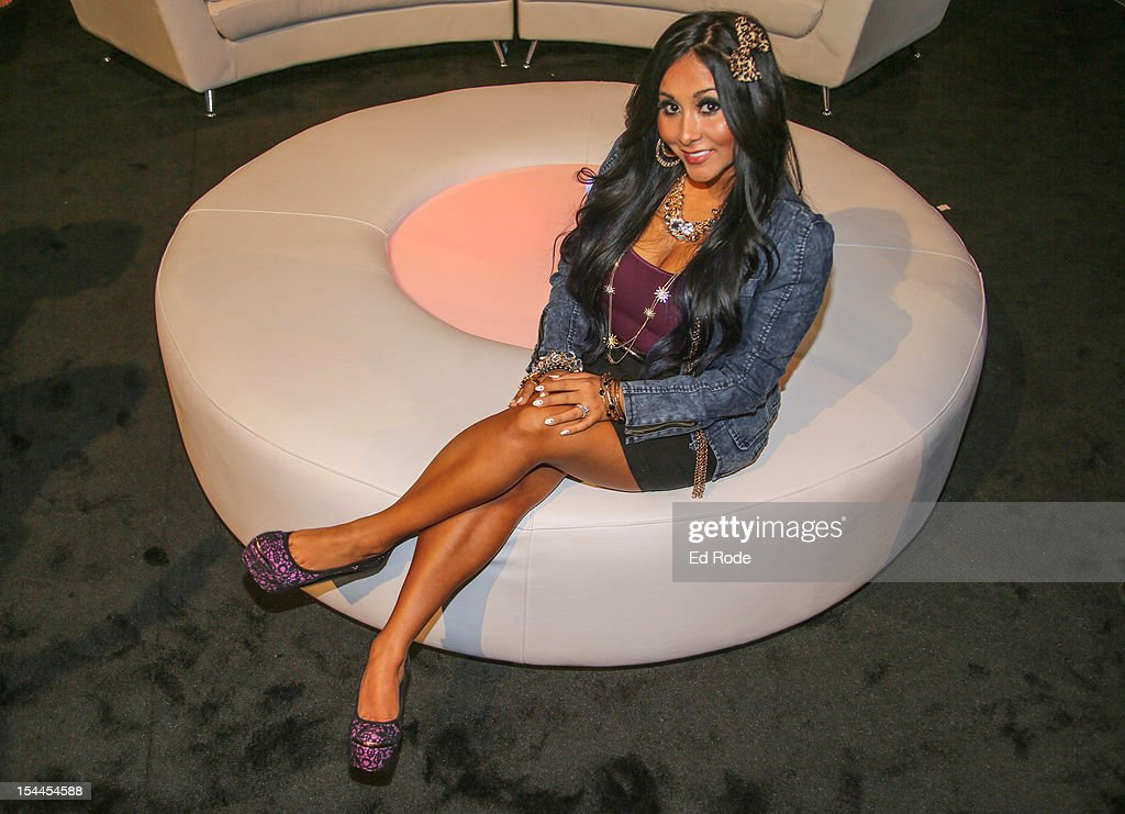 "Nicole ""Snooki"" Polizzi Indoor And Sunless Tanning Collection Launch Event"
