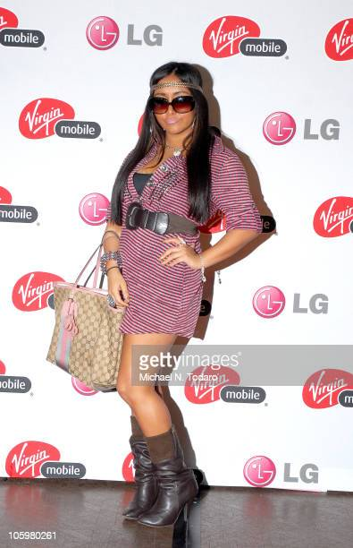 Nicole Snooki Polizzi attends the Snooki rumors challenge at Westfield Garden State Plaza Mall on October 23 2010 in Paramus New Jersey