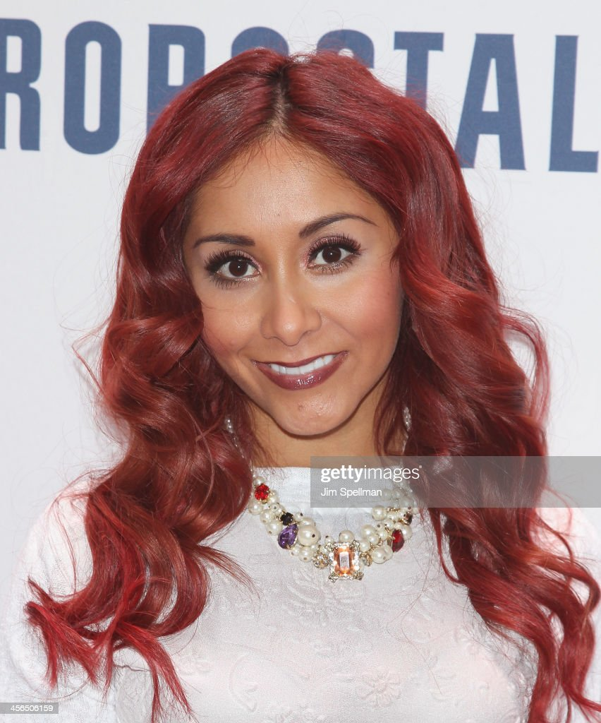 Nicole 'Snooki' Polizzi attends Z100's Jingle Ball 2013 at Madison Square Garden on December 13, 2013 in New York City.