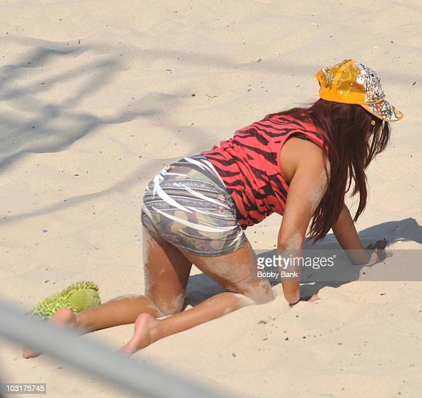 Nicole Snooki Polizzi filming on location for Jersey Shore on July 30 2010 in Seaside Heights New Jersey