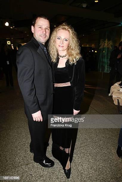 Nicole Und Ehemann Winfried Seibert Bei Der Verleihung Des 11 Echo 2002 In Berlin