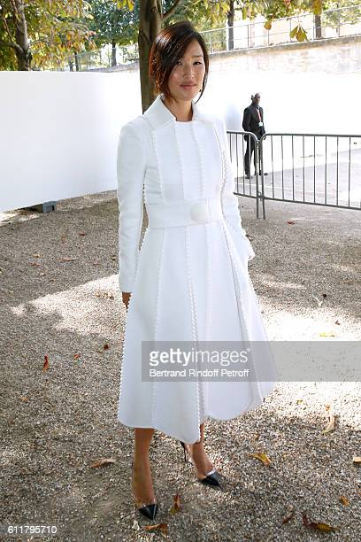 Nicole Warne attends the Elie Saab show as part of the Paris Fashion Week Womenswear Spring/Summer 2017 on October 1 2016 in Paris France