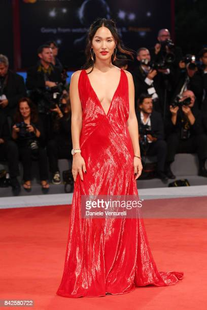 Nicole Warne walks the red carpet wearing a JaegerLeCoultre watch ahead of the 'Three Billboards Outside Ebbing Missouri' screening during the 74th...