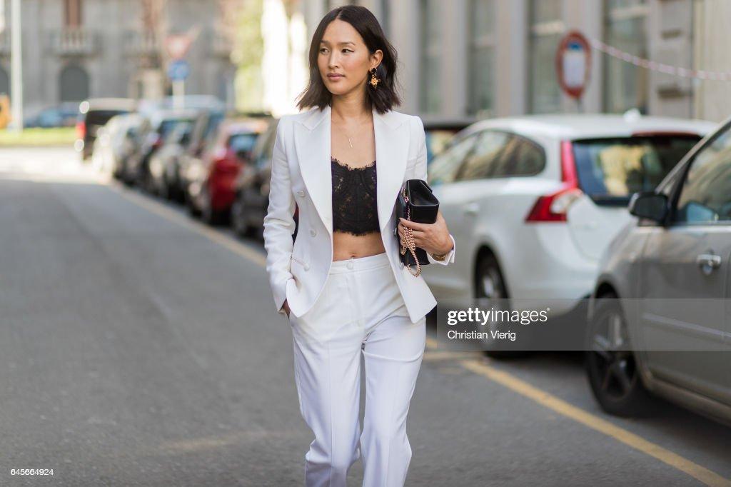 Street Style: February 26 - Milan Fashion Week Fall/Winter 2017/18 : News Photo