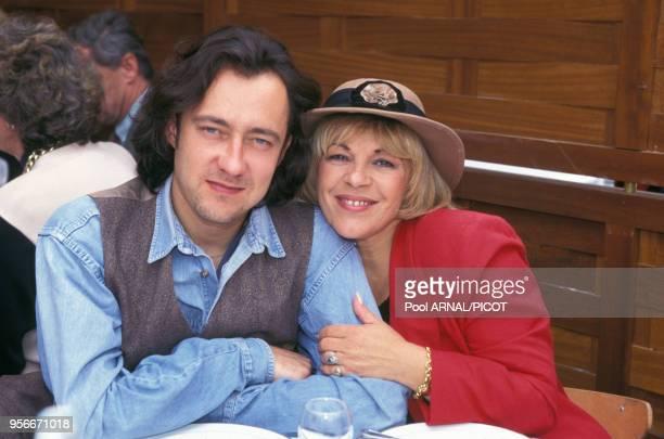 Nicoletta et un ami au tournoi de tennis de Roland Garros en juin 1995 Paris France