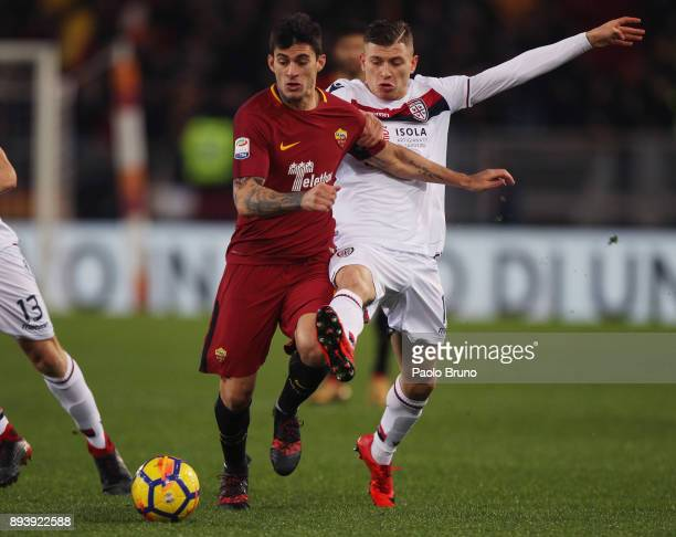 Nicolo' Barella of Cagliari Calcio competes for the ball with Diego Lopez of AS Roma during the Serie A match between AS Roma and Cagliari Calcio at...