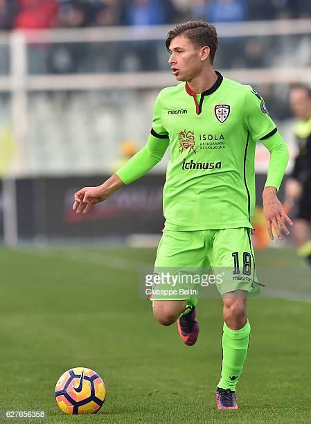 Nicolo' Barella of Cagliari Calcio in action during the Serie A match between Pescara Calcio and Cagliari Calcio at Adriatico Stadium on December 4...
