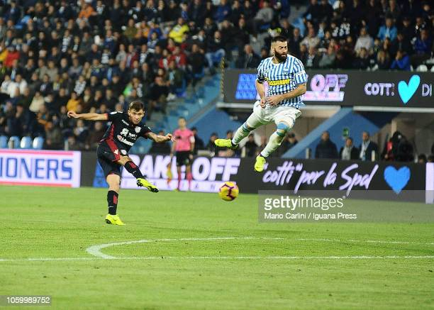 Nicolo Barella of Cagliari kicks towards the goal during the Serie A match between SPAL and Cagliari at Stadio Paolo Mazza on November 10 2018 in...