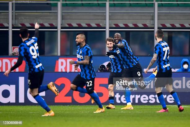 Nicolo Barella of FC Internazionale celebrates with his teammates after scoring a goal during the Serie A football match between FC Internazionale...