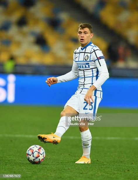 Nicolo Barella of FC Internazionale in action during the UEFA Champions League Group B stage match between Shakhtar Donetsk and FC Internazionale at...