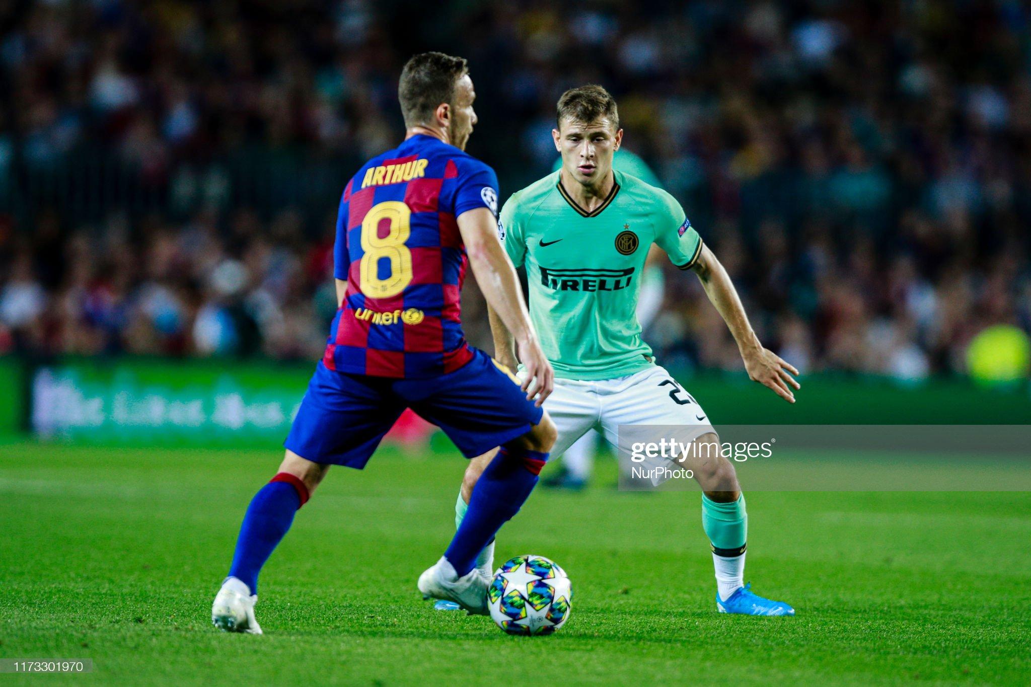 صور مباراة : برشلونة - إنتر 2-1 ( 02-10-2019 )  Nicolo-barella-of-fc-internazionale-milano-defending-08-arthur-melo-picture-id1173301970?s=2048x2048