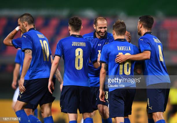 Nicolo Barella of Italy celebrates with team-mates after scoring the goal during the international friendly match between Italy and Czech Republic at...