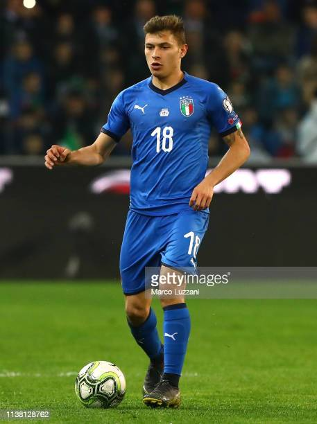 Nicolo Barella of Italy in action during the 2020 UEFA European Championships group J qualifying match between Italy and Finland at Stadio Friuli on...