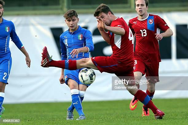Nicolo' Barella of Italy U19 battles for the ball with Daniel Bocek of Czech Republic U19 between Italy U19 and Czech Republic U19 International...